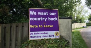 ukip-poster-yard-sign-eu-referendum